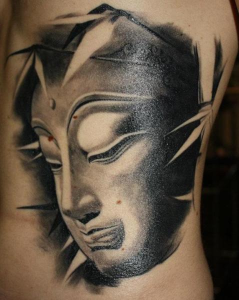Tatuaje Lado Japoneses Buda por Herzstich Tattoo
