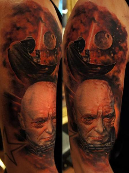 Tatuaje Brazo Fantasy Star Wars por Domantas Parvainis