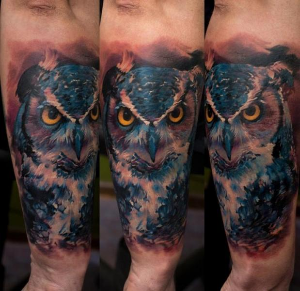 Arm Realistic Owl Tattoo by Domantas Parvainis