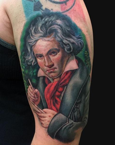 Tatuaggio Braccio Ritratti Beethoven di Jamie Lee Parker