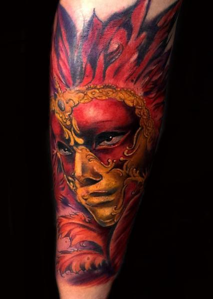Arm Masken Tattoo von Pawel Skarbowski