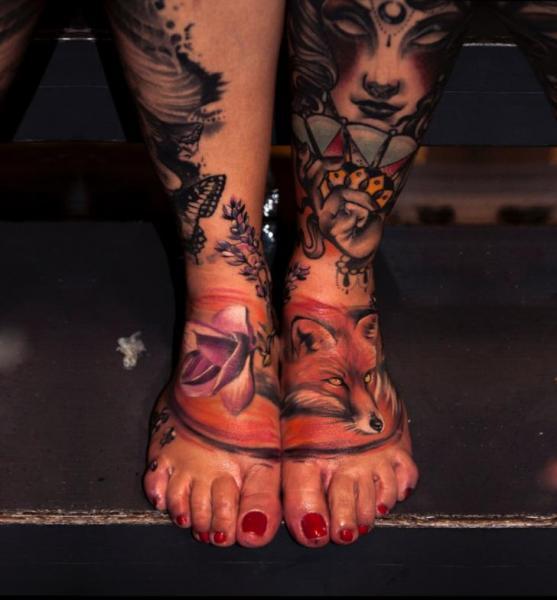 Realistic Foot Fox Tattoo by Pawel Skarbowski