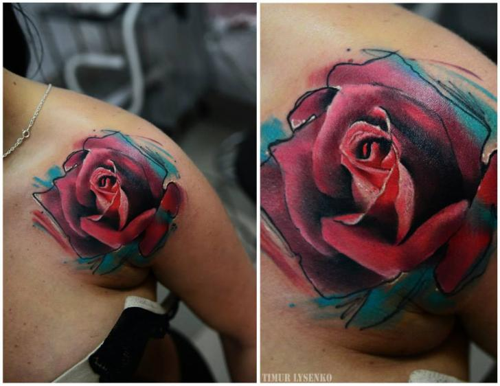 Tatouage Epaule Fleur Rose Aquarelle Par Redberry Tattoo