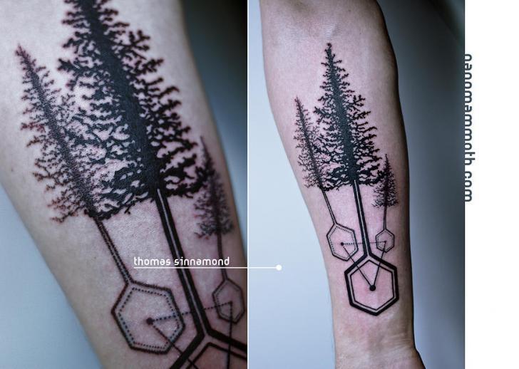 Tatuaje Brazo Geométrico árbol Por Thomas Sinnamond