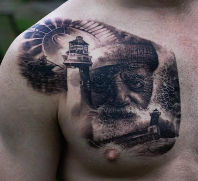 Tatuaje Retrato Realista Faro Pecho Mar por Matthew James