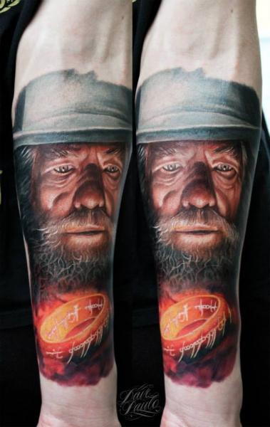 Arm Porträt Gandalf Tattoo von Dave Paulo