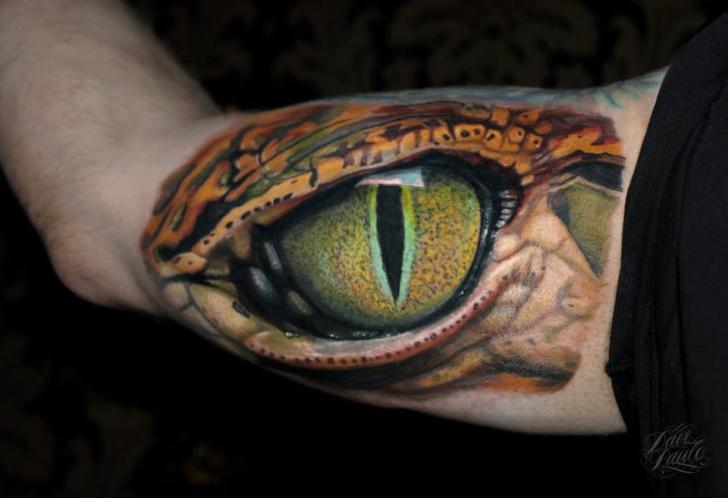 Arm Realistic Eye Tattoo by Dave Paulo