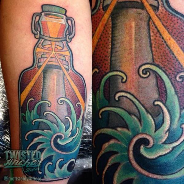 Arm Leuchtturm Flasche Tattoo von Twisted Anchor Tattoo