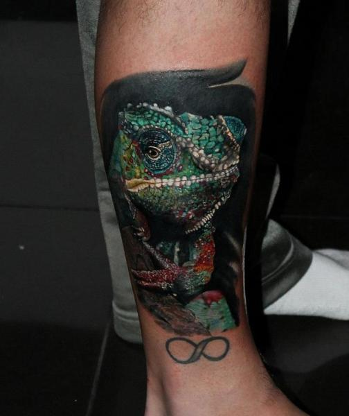 Arm Chameleon Tattoo by Carlox Tattoo