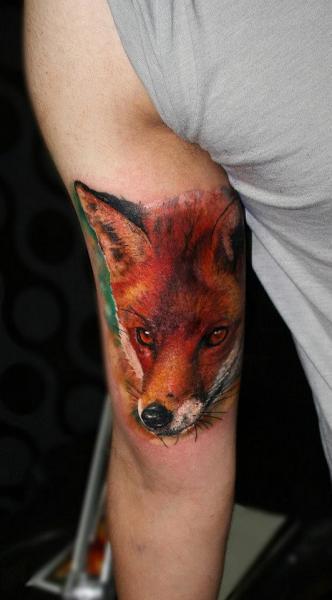 Arm Realistic Fox Tattoo by Carlox Tattoo