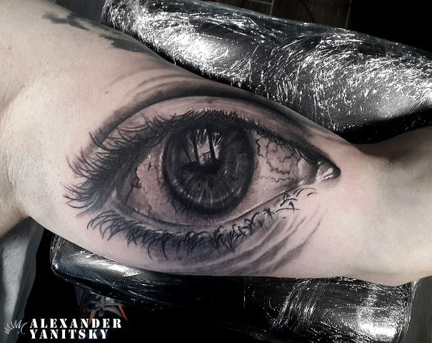 Arm Realistic Eye Tattoo by Kipod Studio