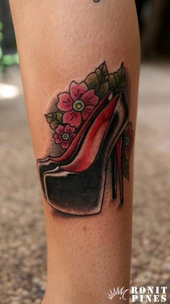 Calf Old School Shoe Tattoo by Kipod Studio