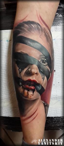 Waden Frauen Tattoo von Kipod Studio