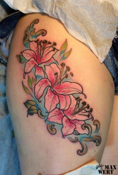 Flower Thigh Tattoo by Kipod Studio
