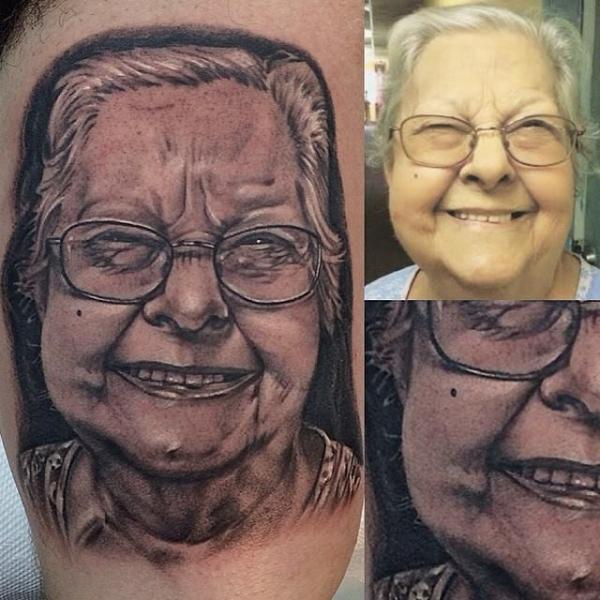 Arm Porträt Realistische Tattoo von Inkaholik Tattoos