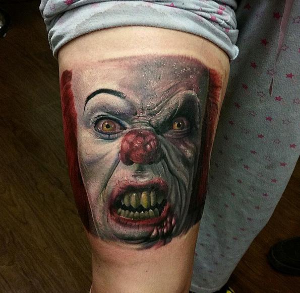 Arm Clown IT Tattoo von Sacred Art Tattoo