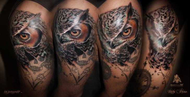Shoulder Realistic Owl Tattoo by Blacksheep Ink