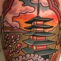 tatuaje Brazo Pagoda por Dave Wah