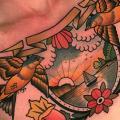 Brust Blumen Vogel Landschaft tattoo von Dave Wah
