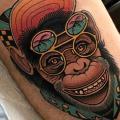 tatuaje Pierna Mono Gorra por Dave Wah