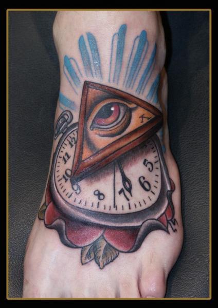 Uhr Fuß Gott Tattoo von Stefan Semt