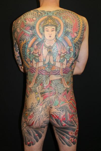 Japanische Buddha Rücken Po Tattoo von Ten Ten Tattoo