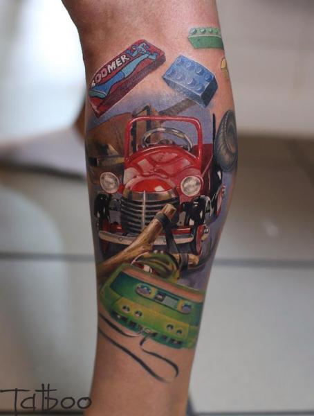 Arm Realistische Auto Kassette Tattoo von Valentina Riabova