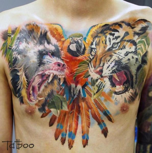 Tatuaje Hombro Realista Pecho Tigre Vientre Mono Papagayo por Valentina Riabova