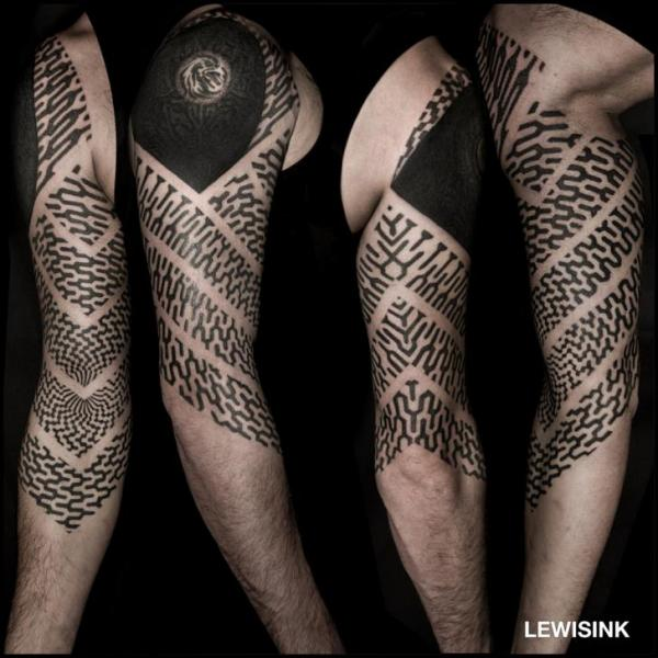 Shoulder Arm Geometric Tattoo by Lewis Ink