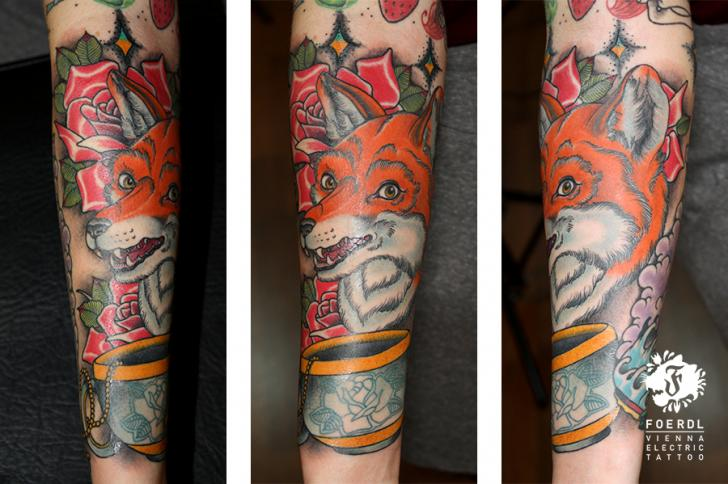 Arm Fox Cup Tattoo by Vienna Electric Tattoo
