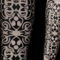 Arm Tribal tattoo by Vienna Electric Tattoo