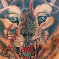 Brust Wolf Bauch tattoo von Vienna Electric Tattoo