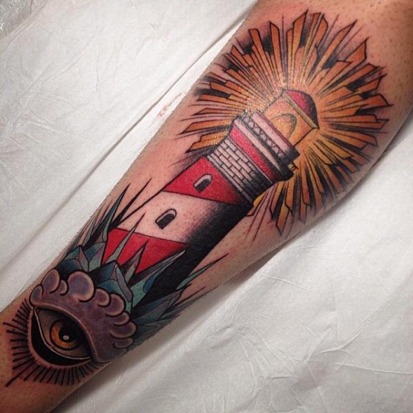 Tatuaje Brazo Faro por Nik The Rookie