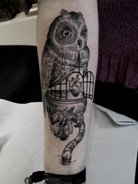 Leg Owl Dotwork Tattoo by Ottorino d'Ambra
