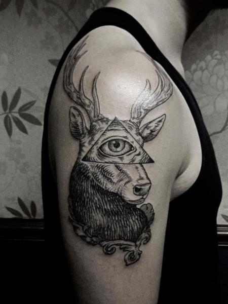 Shoulder God Dotwork Deer Tattoo by Ottorino d'Ambra
