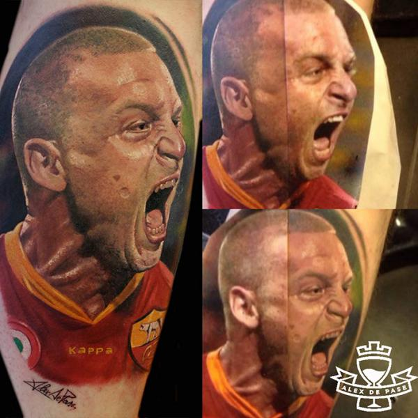 Tatuaggio Ritratti Realistici Polpaccio di Alex de Pase