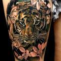 tatuaje Realista Tigre Muslo por Coen Mitchell