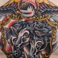 tatuaggio New School Petto Aquila Cavalli di Sacred Tattoo Studio
