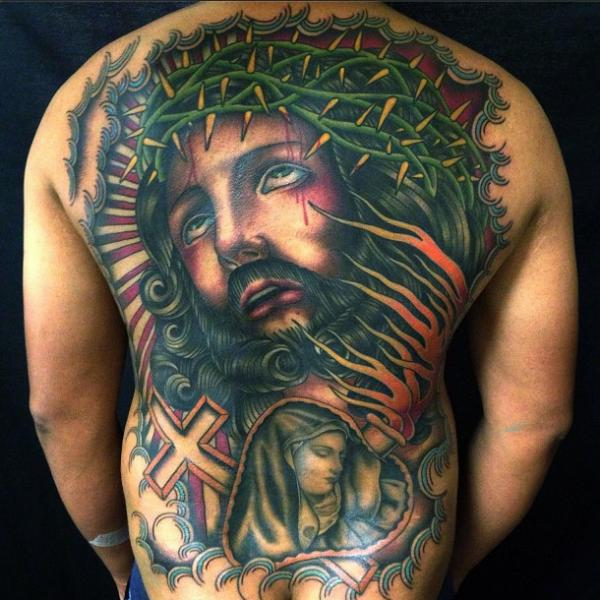 Tatuaje Espalda Religioso por Captured Tattoo