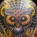 tatouage New School Tête Hibou par Captured Tattoo