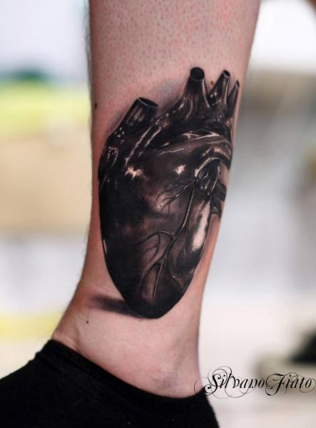 Heart Leg Tattoo by Silvano Fiato
