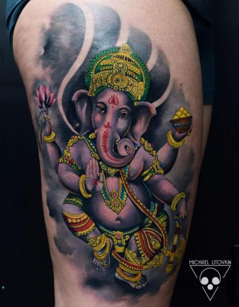 Religiös Ganesh Oberschenkel Tattoo von Michael Litovkin