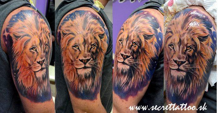 Tatuaggio Spalla Realistici Leone di Secret Tattoo & Piercing
