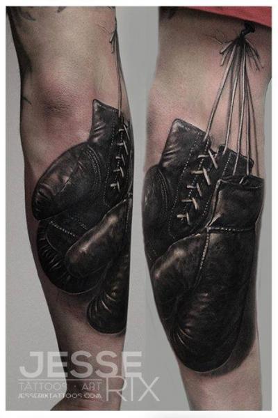 Arm Realistische Box Tattoo von Jesse Rix Tattoo Art