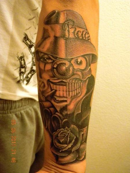 Arm Fantasie Clown Tattoo von 2nd Skin
