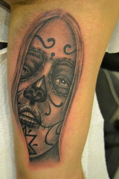 Tatuaggio Braccio Teschio Messicano di 2nd Skin