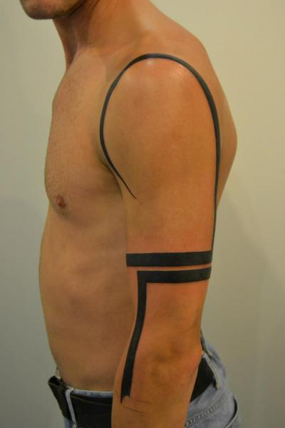 Shoulder Arm Line Tattoo By 2nd Skin