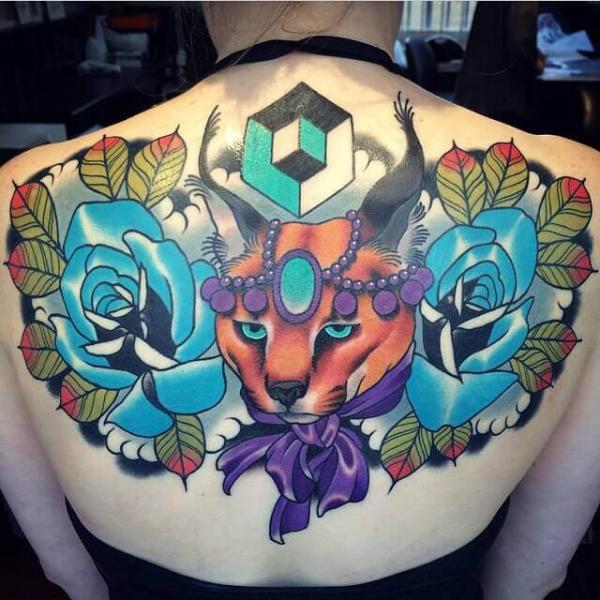 Blumen Rücken Fuchs Tattoo von Cloak and Dagger Tattoo