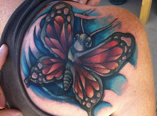 Tatuaggio Spalla di Distinction Tattoo