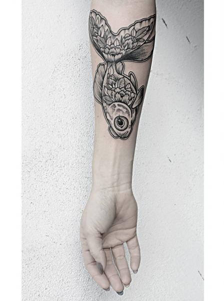 Arm Fish Tattoo by Zmierzloki tattoo